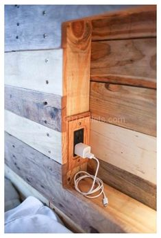 Pallet Bedframe, Wooden Pallet Beds, Diy Pallet Bed, Wood Headboard, Wooden Diy, Pallet Headboards, Headboard Ideas, Pallet Ideas, Pallet Projects