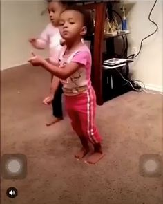 Baby& got more swag than me? Funny Video Memes, Funny Relatable Memes, Funny Videos, Stupid Funny, Funny Cute, Funny Babies, Cute Babies, Funny Dancing Gif, Funny Black Memes
