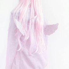 jacket pastel pastel goth kawaii cute pale grunge angel wings pink hair – Photo World Pastel Grunge, Estilo Goth Pastel, Pastel Goth Fashion, Kawaii Fashion, Cute Fashion, Grunge Hair, Harajuku, Visual Kei, Ropa Color Pastel