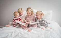 Adorably Simple Christmas Mini session| Four siblings in matching PJs for an awesome indoor session!