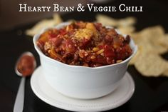 Hearty Bean and Veggie Chili ~ Crockpot style Less than 1 gram of fat per serving!