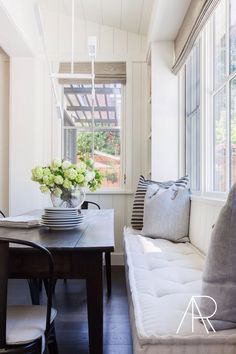 light and airy breakfast nook