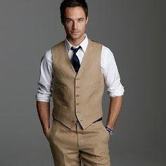 Groom while groomsmen where suspenders?!