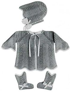 Knitted Baby Set #100 pattern originally published in Baby Gems, Doreen Knitting Vol 100.