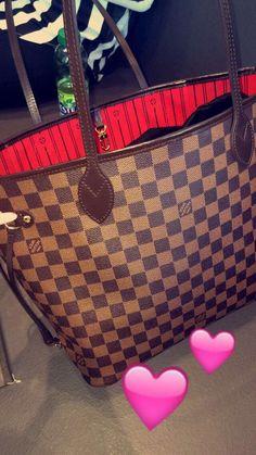 2018 New Louis Vuitton Handbags Collection for Women Fashion Bags New Louis Vuitton Handbags, Burberry Handbags, Vuitton Bag, Chanel Handbags, Purses And Handbags, Chanel Tote, Tote Handbags, Luxury Bags, Luxury Handbags