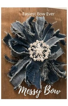 Fall Crafts For Adults, Craft Projects For Adults, Diy Craft Projects, Craft Ideas, Diy Bow, Diy Ribbon, Easy Diy Crafts, Diy Crafts For Kids, How To Make Wreaths