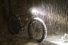 fat-biking-at-night.jpg (3692×2471)