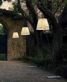 Miami F1 Outdoor Floor Lamp | Anton Angeli Lighting