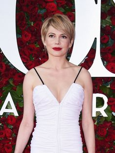 Michelle Williams and more of the best beauty looks from the Tony Awards 2016 red carpet.