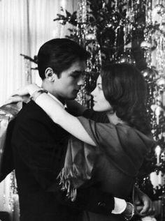 Cameras Flash Part One ✾ Vintage Couples, Vintage Love, Cute Couples, Old Love, This Is Love, Romy Schneider Alain Delon, Couple Goals, Sarah Biasini, Paris France