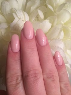 Perfect nude nails. Great for wedding glam.