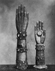 http://hilonegro.tumblr.com/post/20027470779/eclektic-arm-reliquaries