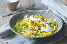 Kedgeree   Apetitonline.cz Czech Recipes, Ethnic Recipes, Thing 1, Risotto, Curry, Food, Curries, Essen, Meals