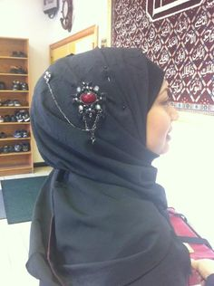 3 x Hijab Pins Hijaab or Scarf pin brooches bonnet pin  Pretty colourful pins