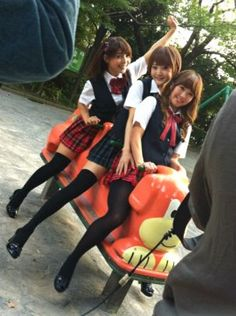 Love Live seiyuu Emitsun, Shikaco, and Pile