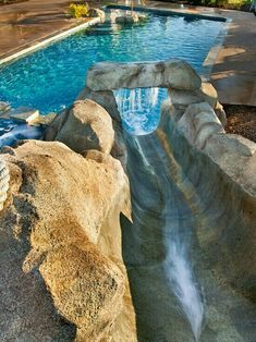 Wasserfall pool idea