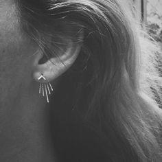 Chevron Sunburst profond V oreille Jacket & petit Chevron Stud Combo - ensemble avant arrière boucle d'oreille en argent Sterling - lot de boucles d'oreilles et vestes-