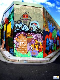 It's known as the #InnerWest with a revolving outdoor art gallery by local and international #streetartists. Get lost, get found, take your camera and return not once, not twice, not thrice...once found, it is highly addictive