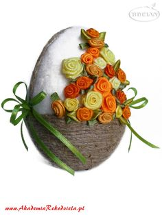 Ozdoby wielkanocne – Akademia Rękodzieła BOCIAN Egg Crafts, Easter Crafts, Diy And Crafts, Quilling, Cool Easter Eggs, Easter Bunny, Easter Show, Easter Egg Designs, Coloring Easter Eggs