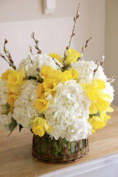 Easy Floral Arrangment
