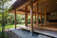 toshihito yokouchi architects / house with a wind chimney, kumamoto 風突の家|横内敏人建築設計事務所