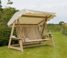 Roble Swing Seat Hammock by Alexander Rose - http://www.gardensite.co.uk/Garden_Furniture/Roble_Swing_Seat_Hammock_by_Alexander_Rose.htm