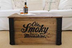Truhe Tennessee Moonshine Holzkiste Couchtisch Beistelltisch shabby chic