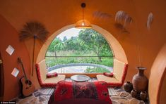 Building Earthen Dome Homes in 6 Weeks - DIY Dome Structure, Papercrete, Dome House, Natural Building, Villa, Building Materials, Beautiful Homes, Building A House, Thailand