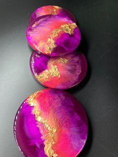 Pink, coral, gold - these aurora colored coasters are gorgeous ! 3 dimennssionnal Art resin coasters, set Sparkle multicolor epoxy resin coasters (cork on the bottom) gold and shimmer effect Epoxy Resin Art, Diy Resin Art, Diy Epoxy, Diy Resin Crafts, Stick Crafts, Diy Art, Resin Art Supplies, Resin Tutorial, Coral And Gold