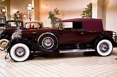 Packard V12 Victoria