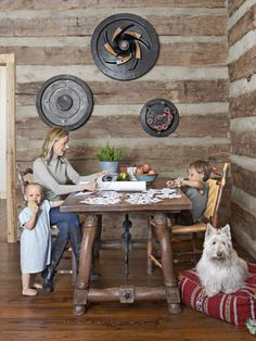 Log Cabin Home Decor - Cabin Christmas Decorations - Country Living