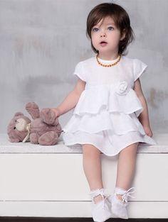 Vestido de lino para bautizo para bebes niñas.  Linen dress for girls babies.