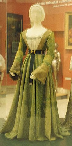 Dress worn by Mary of Habsburg, 1520's Hungary, Hungarian National Museum  An outfit worn by her husband also exists, but I can't find a color picture of it.  I would definitely wear this dress.