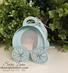 2016 TUTORIAL Cinderella Carriage Curvy Keepsake Box - side view - from theartfulinker.com