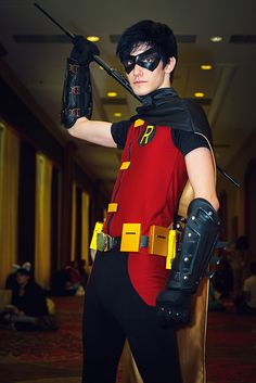 "Robin ....I have to say, I've never seen a ""young justice"" Robin cosplay... this actually looks pretty good...lol"