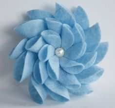 Felt Flower Pin (Light Blue)