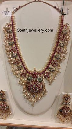 Guttapusalu Haram and Jhumkas - Indian Jewellery Designs Real Gold Jewelry, Gold Jewellery Design, Indian Jewelry, Indian Necklace, Hand Jewelry, Bead Jewellery, Bridal Jewellery, Bridal Jewelry Vintage, Latest Jewellery