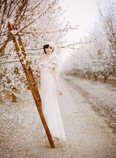 We have a beautiful styled wedding shoot to share with you today! This glamorous almond orchard wedding shoot was so much fun to produce… Bridal Shoot, Wedding Shoot, Wedding Gowns, Dream Wedding, Wedding Blush, Blush Bridal, Wedding Decor, Rustic Wedding, Wedding Ideas