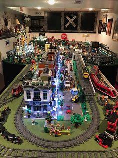 Legos, Minifigura Lego, Mesa Lego, Lego Track, Lego City Train, City Layout, Lego Sculptures, Lego Pictures, Amazing Lego Creations