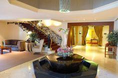 Hoteles urbanos, todo el encanto desde el cielo de Barcelona. Hotel con encanto. Lugares con encanto. Gran Hotel la Florida 5* GL. Tibidabo. www.caucharmant.com