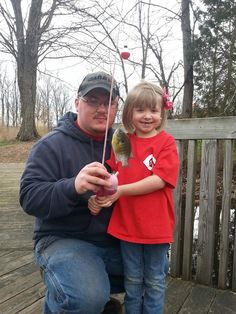 Sarah Newton captured her family out fishing at one of our area State Parks to celebrate Cincinnati Reds #Opening Day. #visitclintoncounty #Ohio #Cincinnati #reds #families #familyfun #baseball #fishing #stateparks #discoverOhio  http://clintoncountyohio.com/list/parks
