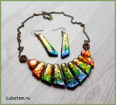 Alcohol inks over metal leaf polymer clay beads coated in resin. Полимерная…