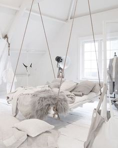 Bedroom Inspo.  Follow us on Pinterest for more of this! 'TigerMistLoves'