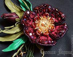"""Купить """"Passionate peony"""" брошь - бордовый, винный, брошь цветок, цветок из шелка, цветок из кожи"""