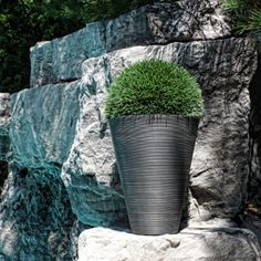 Contemporary yet versatile, the KOBO design is the perfect planter for all settings, indoors and out. Characterized by a grooved finish and contemporary, round tapered design, the Kobo planter is ideal as a backyard deck accent or as an entrance state Plastic Planter Boxes, Window Planter Boxes, Plastic Pots, Hanging Planters, Rustic Planters, Stone Fountains, Water Fountains, Corten Steel Planters, Plastic Windows