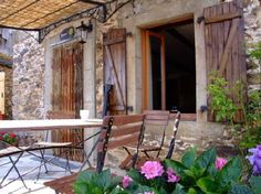 Tournesol is a pretty renovated farmhouse with shared pool - sleeps 5 Visit this website : www.tarn-aveyron-gites.com