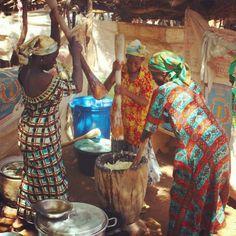 Ghana - making fufu