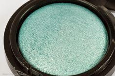 Make Up Factory Light Teal Eyeshadow