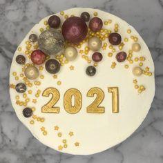 . Birthday Cake, Desserts, Food, Step By Step, Pies, Tailgate Desserts, Deserts, Birthday Cakes, Essen