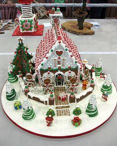 OSSAS 2011 Gingerbread Christmas Decor, Cool Gingerbread Houses, Gingerbread House Designs, Gingerbread House Parties, Christmas Goodies, Christmas Baking, All Things Christmas, Christmas Holidays, Christmas Crafts